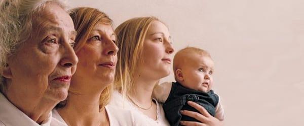 Observer l'histoire familiale pour mieux se comprendre